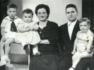 ZALDIBIKO BASERRIAK ETA FAMILIAK. URRETA AUZOA